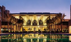 kempinski muscat pool side view