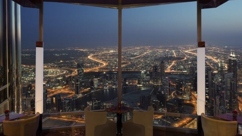 Daily deal for ladies at the iconic Burj Khalifa - Dubaisavers