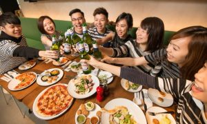 PizzaExpress offers FREE Pizza to stripe-wearing diners - Dubaisavers