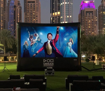 The outdoor cinema is returning to Dubai Marina this month - Dubaisavers