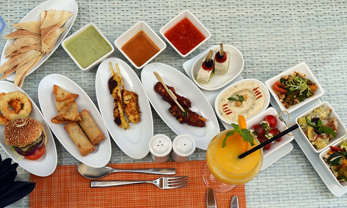 After Brunch Drinks and Food for One or Two at La Vue - Dubaisavers
