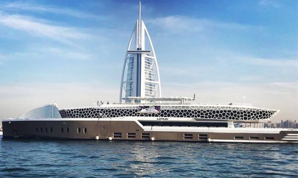VIP Megayacht Dinner Cruise with Unlimited Soft Drinks & Live Entertainment for only AED 189 - Dubaisavers