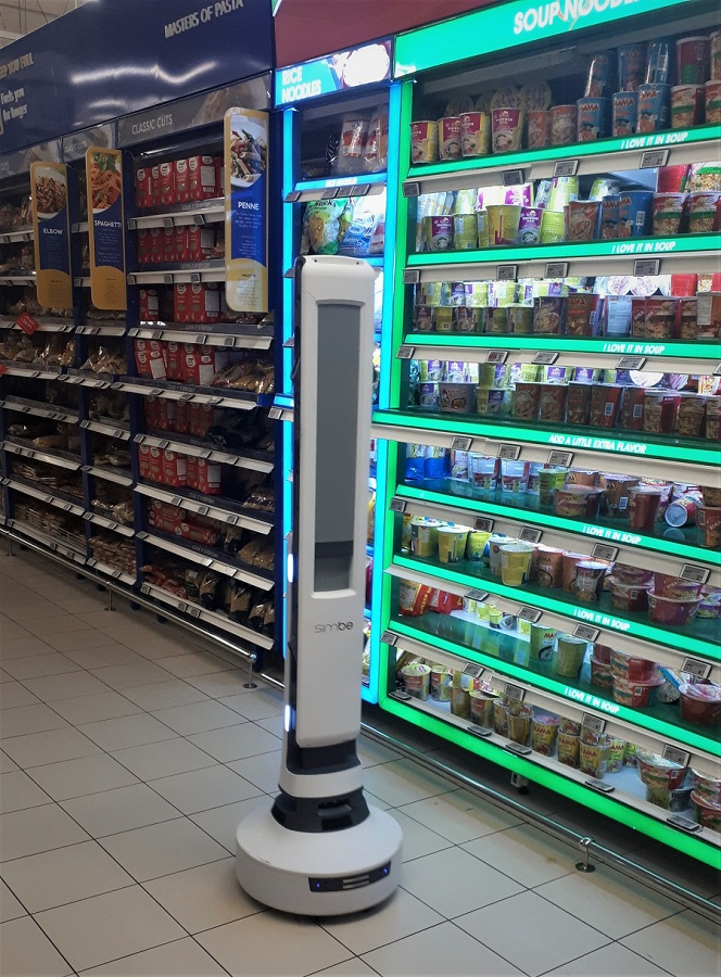 Carrefour introduces Tally the Robot at Mall of the Emirates - Dubaisavers