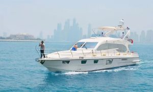 Luxury Yacht Hire for One or Two Hours at DMI Yachts - Dubaisavers