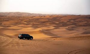 Premium Red Dunes Safari with Barbecue and Pick-Up with Hot Rod Tourism - Dubaisavers