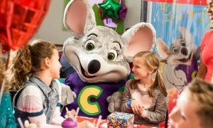 Mega Superstar Birthday Package at Chuck E. Cheese's Ibn Battuta & Oud Metha - Dubaisavers