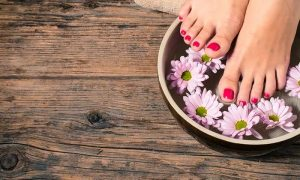 Classic or Gelish Mani-Pedi with Optional Foot Spa at Mirrors Beauty Lounge - Dubaisavers