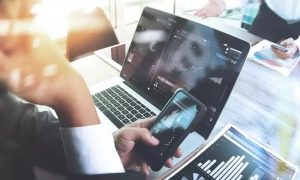 Choice of Financial Trading and Investment Online Course from Live Online Academy - Dubaisavers