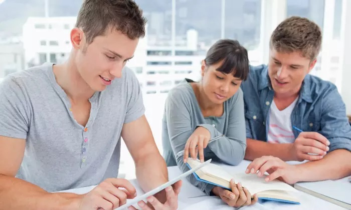 English for Beginners or Diploma Online Course at Shaw Academy - Dubaisavers