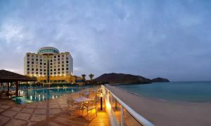 1 Night for Four with Breakfast and Leisure Access at Oceanic Khorfakkan Resort and Spa Khorfakkan - Dubaisavers