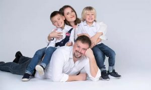 Couple, Maternity or Family Photo Shoot at 800 Photos Studio - Dubaisavers