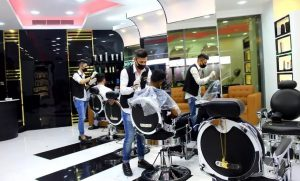 Haircut with Optional Shaving, or Keratin Treatment at Lartista Gents Salon at Millennium Hotel - Dubaisavers