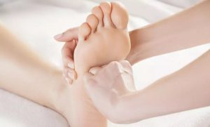 Foot Reflexology with Optional Mani-Pedi at Herz Beauty Salon - Dubaisavers